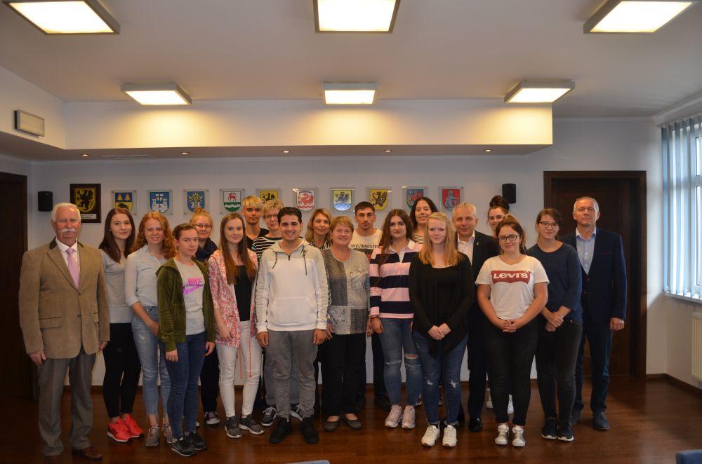 Uczniowie z Sassnitz z wizyt± w Starostwie