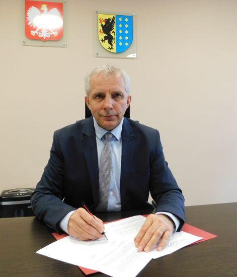 Pierwsze porozumienie w sprawie przekazania ¶rodków funduszu le¶nego