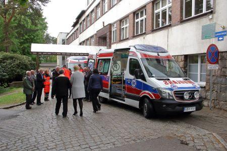 Nowy ambulans w bytowskim szpitalu
