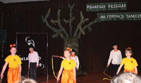 Powiatowy Przegl±d Mini Formacji Tanecznych