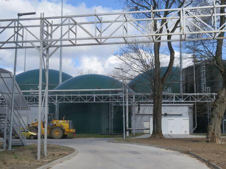 Pierwsza w powiecie biogazownia powsta³a w Piaszczynie