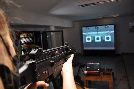Wirtualna strzelnica w Zespole Szkó³ Ponadpodstawowych w Bytowie